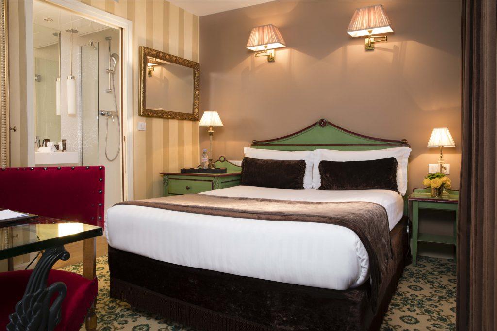 Book a hotel for Roland Garros Paris : Hotel des 2 Continents